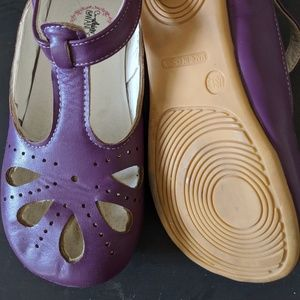 Whim and Wander Purple Leather Flats